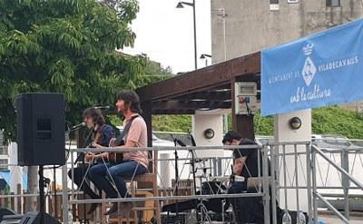 Capvespres a la plaça amb Joan Masdéu