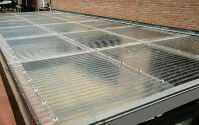Canvi de sostre de la peixera Escola Rosella.