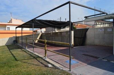 Condicionament espai pícnic de la Piscina Municipal