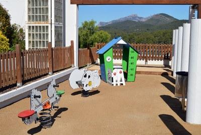 Jocs infantils de la plaça de la Vila