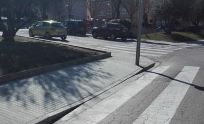 Millores de les voreres dels carrers Josep Tarradelles i Frances Macià