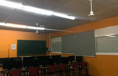 Ventiladors a la sala TIC
