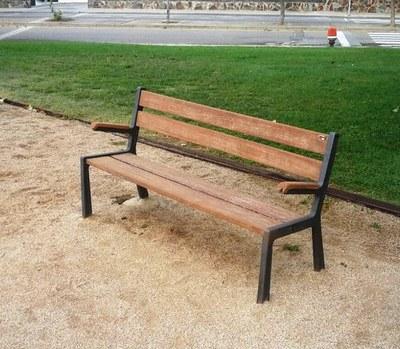 Sanejament espai públic plaça Rosa dels vents
