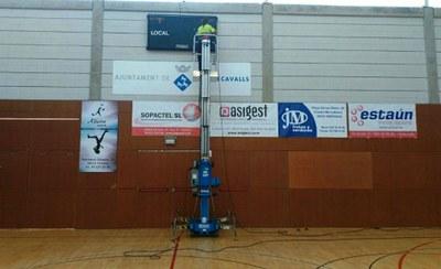 Reparació del marcador de la Zona Esportiva Municipal del Nucli Urbà