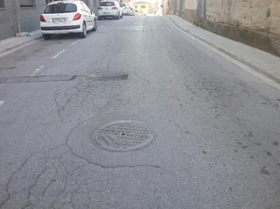 Forat al paviment (Carrer Llevant)