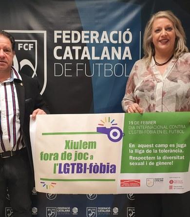 """Viladecavalls s'adhereix a la campanya """"xiulem fora de joc a l'LGTBI-fòbia"""" del Consell Comarcal del Vallès Occidental"""