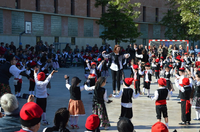 Danses de Sant Jordi - Escola Rosella
